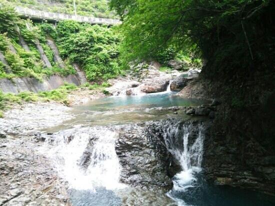 Shima no Oketsu: 五色沼のような水の青さに心洗われます♪