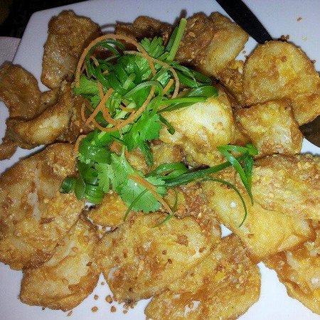 Hawker's Cuisine: Golden Crispy Squid