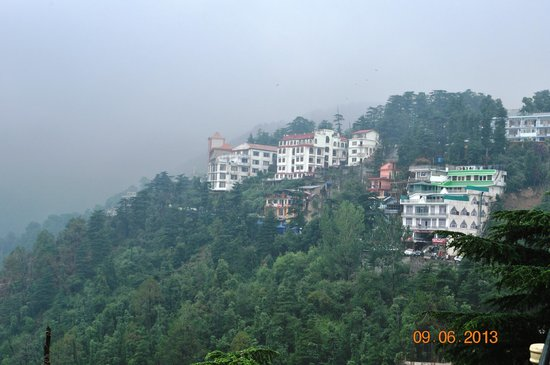 Sahil Plaza Hotel : Hotel as viewed from the Dalai Lama temple