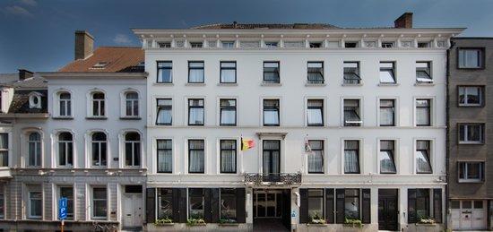 Hotel de Flandre: Facade