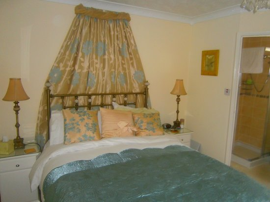 Avenue Park Guest House: Upstaris Room 6