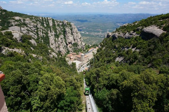 Montserrat, Spania: View from funicular top station, 1 000 meters above sea level
