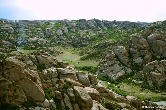 Rocks Ditch of Xinjiang: Mysterious Stone Valley
