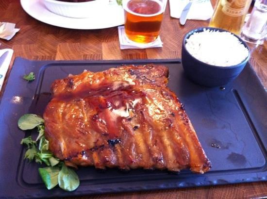 Jaks Bar & Steak House: BBQ Pork Ribs and rice