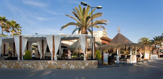 Anemoi Restaurant & Lounge