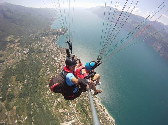 Tandem Paragliding Malcesine - All You Need to Know Before ...