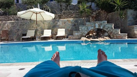 Paros Palace: View from sun lounger