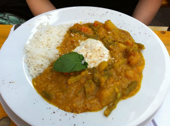 Marinehof : Curry basmathi rice with coconut milk on top
