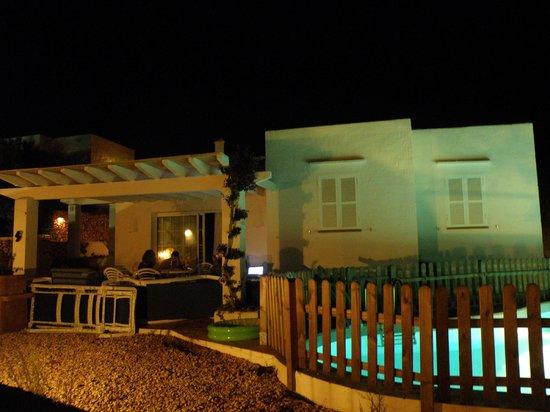 Villas Etnia: La casa desde fuera