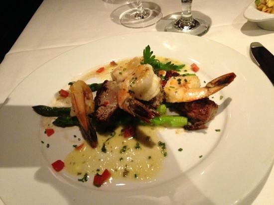 Eddie V's Prime Seafood: steak & shrimp