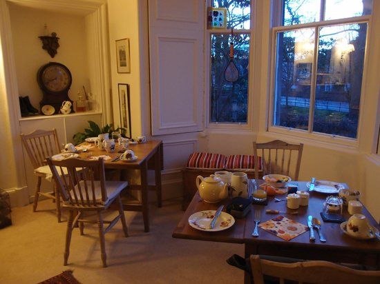 The Spindle Bed and Breakfast: The dining room, again beautifully decorated