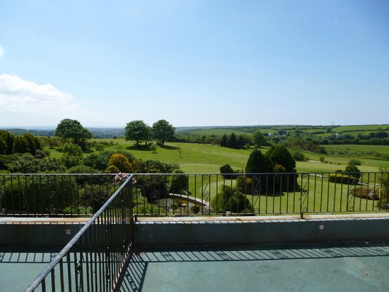 Bowood Park Hotel & Golf Club : View from our superior room.