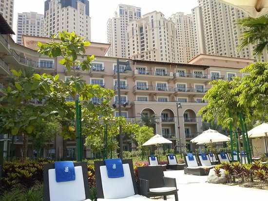 D Exhibition Jbr : Hotel and jumeirah beach residence buildings picture of