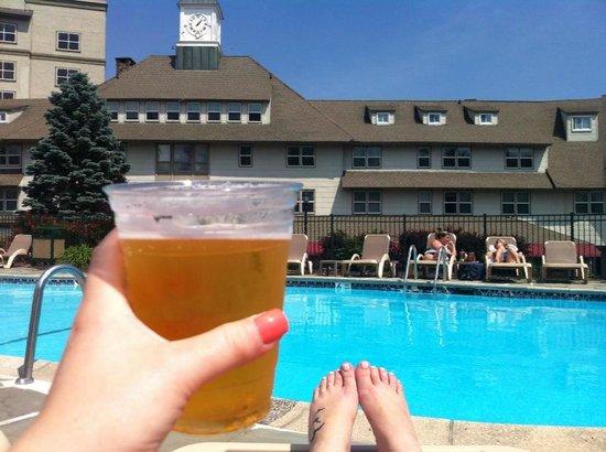Pocono Manor Resort & Spa: pool area
