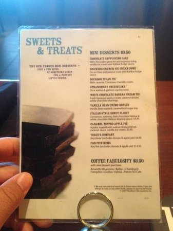 Houlihan's: great small desserts !!!