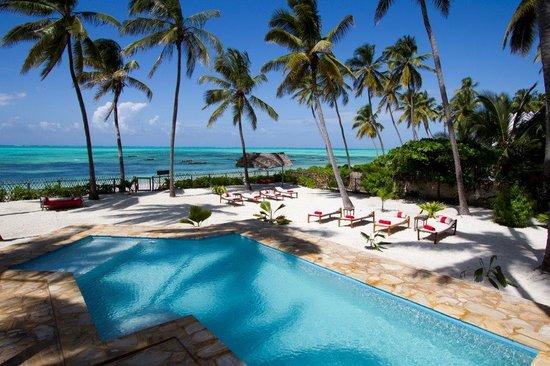 Raha Lodge Comfort Beach Villa
