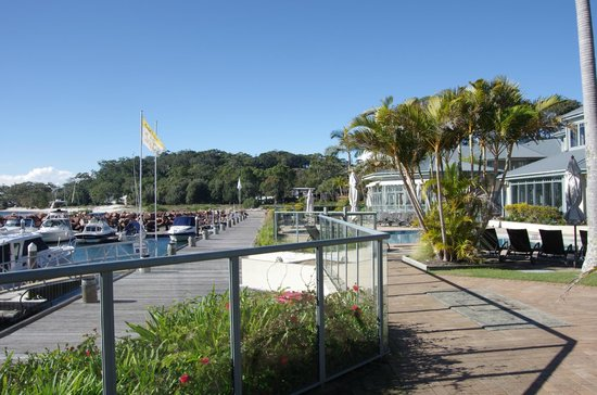 Anchorage Port Stephens: Hotel Grounds
