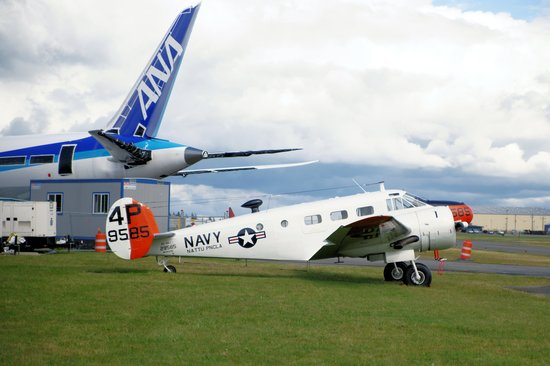Historic Flight Foundation: Pan American Douglas DC-3