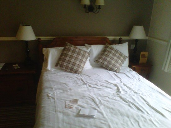Innkeeper's Lodge Sandbach Homes Chapel: our comfy bed