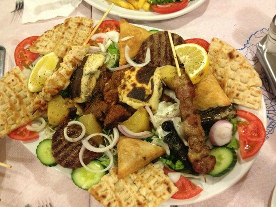 Aris Grill : Meze for 2!