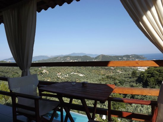 Skiathos Garden Cottages: View from Balcony of 'Pop Cottage'