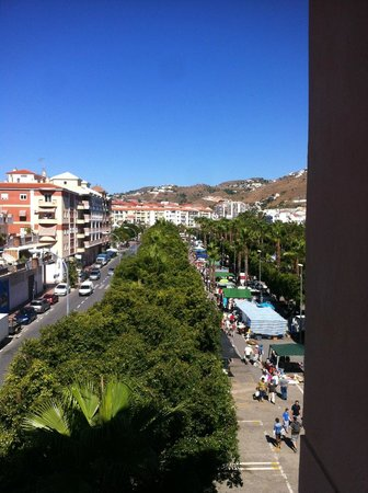 Hotel Toboso Almunecar: Rastrillo domingo/viernes