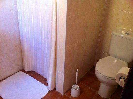 Aurora Sol: badkamer met douche
