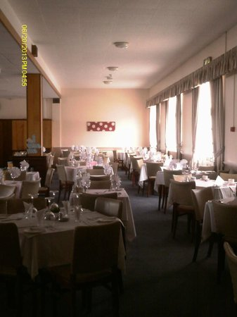 The Norfolk Hotel: Dining room