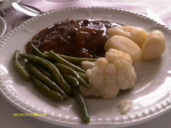 The Norfolk Hotel: One of the delicious meals ~ braised rump steak