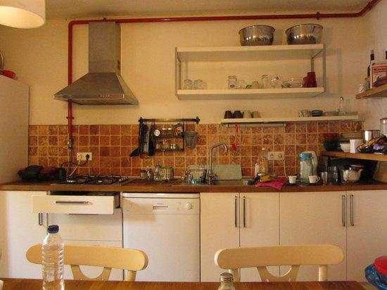 Arch-Ist Taksim Suites: kitchen