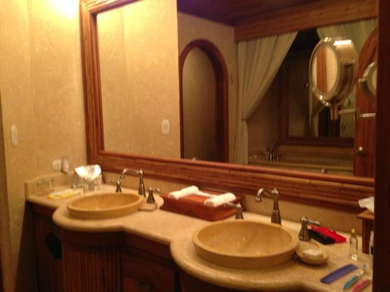 The Springs Resort and Spa: The bathroom