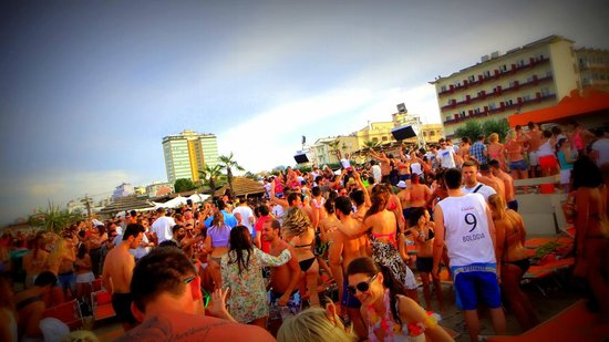 Papeete Beach (Milano Marittima) - 2018 All You Need to Know Before ...