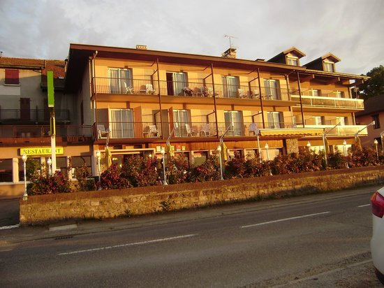Hotel le panorama prices reviews evian les bains for Hotels evian