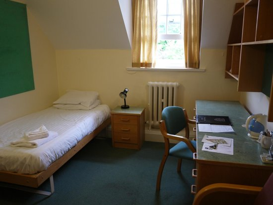 St Hugh's College: Study bedroom