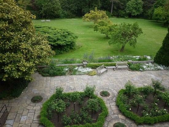 St Hugh's College: View of the garden from the room