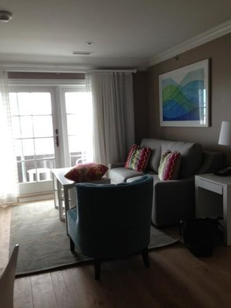 The Reeds at Shelter Haven : suite living room