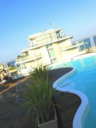 Hotel Perla Verde : la piscina sul tetto