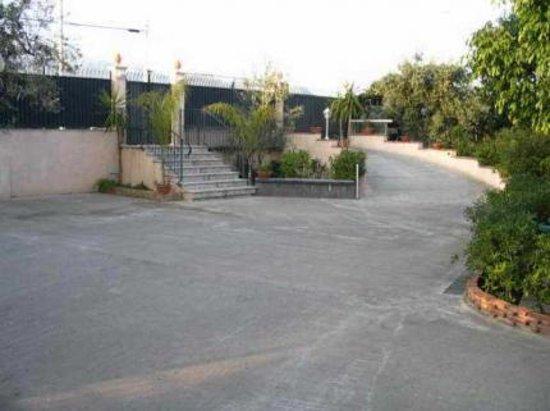 Villa Archegeta: parcheggio