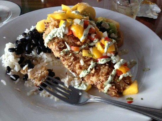 Dinky's Restaurant: Coconut crusted Mahi with Mango Salsa