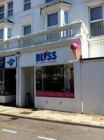Bliss Ice Cream Parlour: getlstd_property_photo