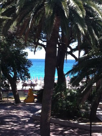 Villa Imperiale Hotel: View towards the Mediterranean