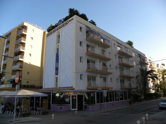 Hotel Les Palmeres: outside