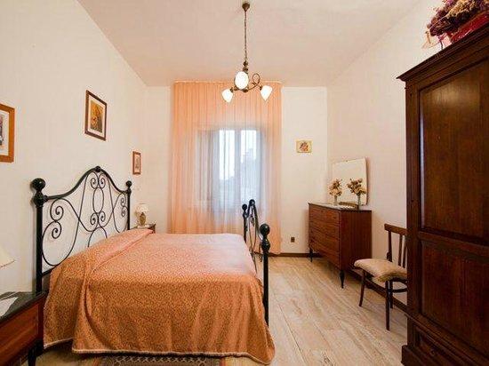Casa Dei Pini: camera