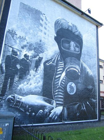Bloody Sunday Memorial: Petrol Bomber