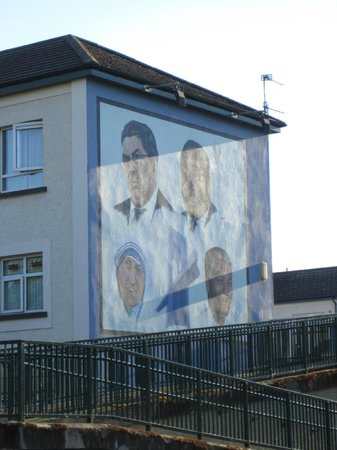 Bloody Sunday Memorial: The Tribute To John Hume