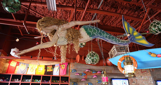Pompano Joe's: A mermaid joins us