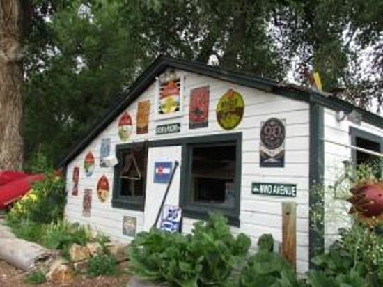 Paddler's Pub at Mountain Whitewater Descents: featuring Fort Collins best beers