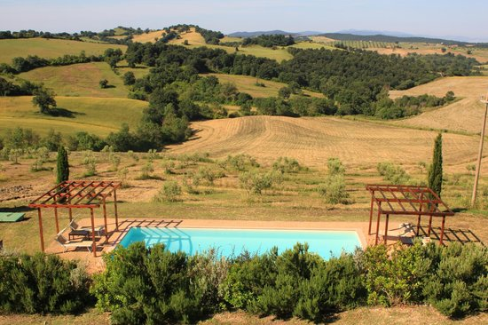Quercia Rossa Farmhouse: piscina