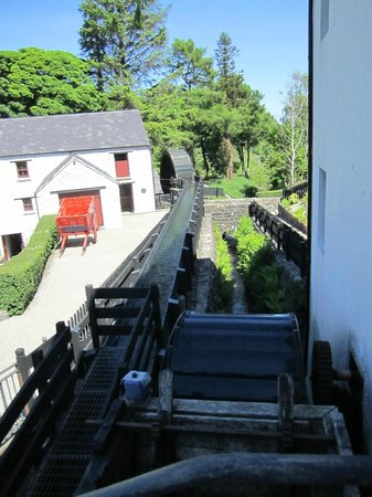 Newmills Corn and Flax Mill: Excellent Well-Explained Tour!