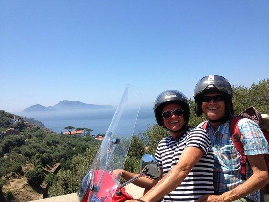 Vesparound in Italy: vesparound scooter tour